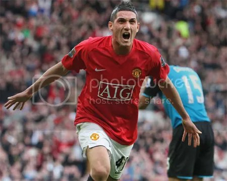 Macheda Scores Against Aston Villa