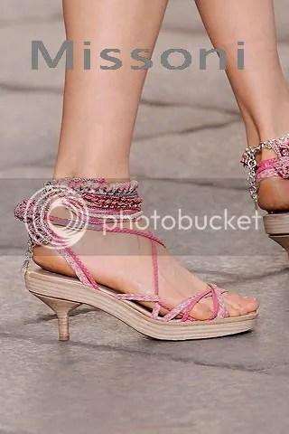 Designer Shoes Women's Hot Shoe Trend Kitten Heels Spring Summer 2010 Pictures