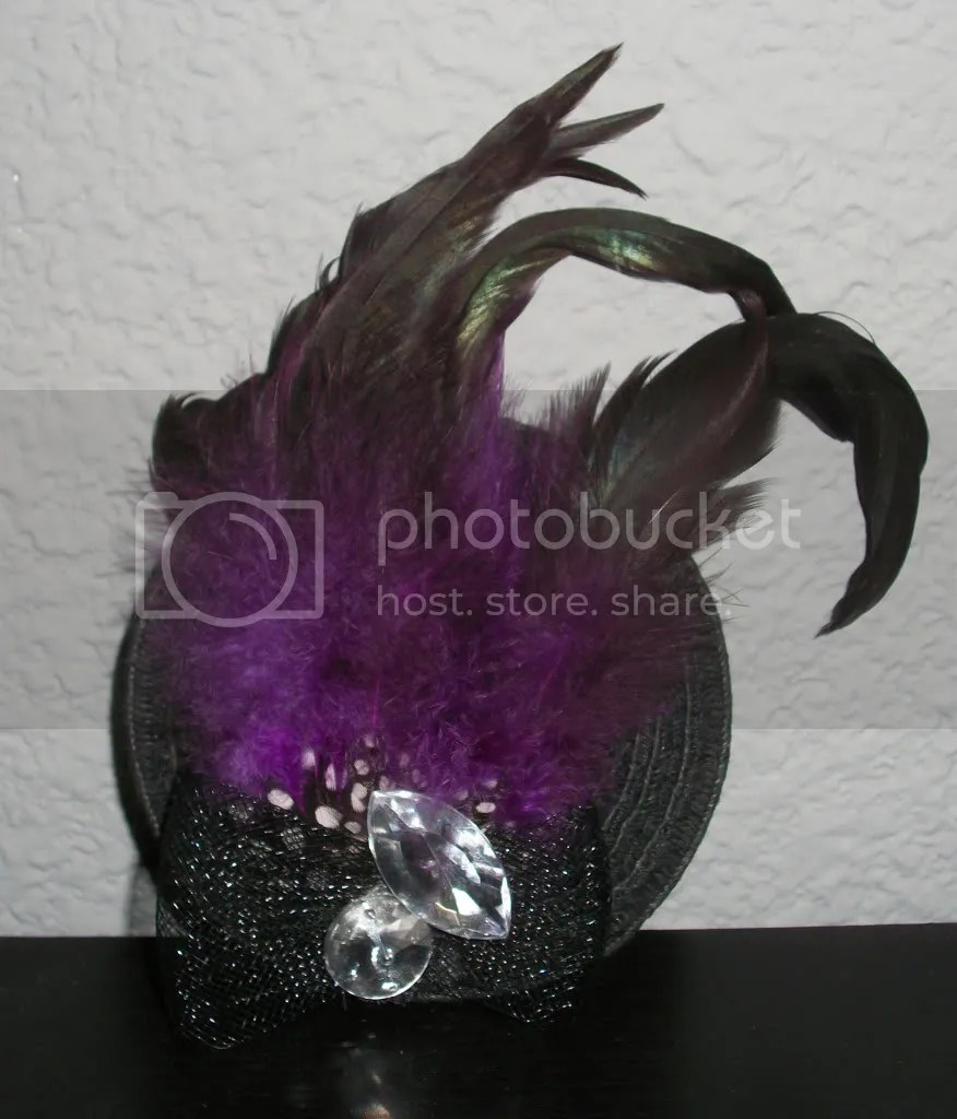Fascinator close-up