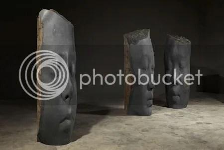 photo JaumePlensaEightNewSculptureSeriesOfHeadsInARangeOfMaterialsBronzeGlassVolcanicBasalt2014.jpg