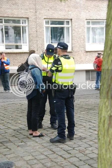 photo DSC_0304DePolitieOnderzoekt.jpg