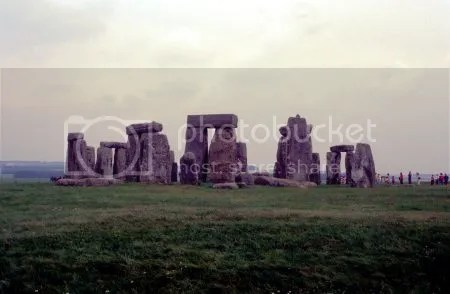 photo 056Stonehenge.jpg