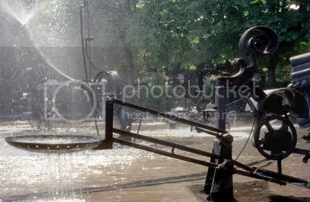 photo 114TinguelyFountainBasel.jpg
