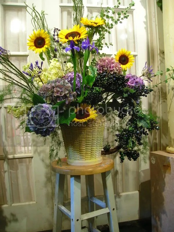 The arrangement stands about 3ft tall
