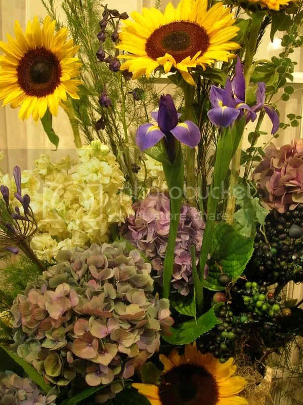 Yellow and Purple are an incredible color choice, especially when you include Iris