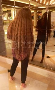 hair dryer curly thigh