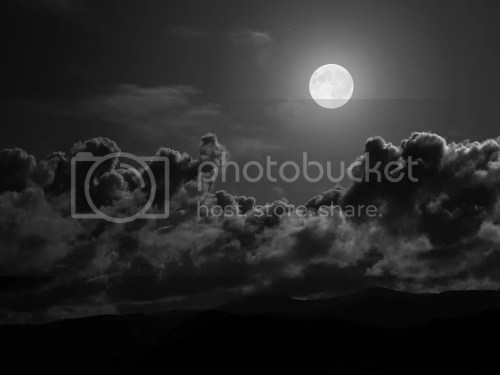 photo fullmoon_zps9c7c9c6a.jpg