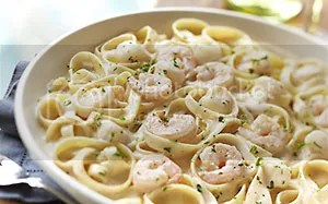 photo d-seafood-alfredo-dinner-gv1x1.jpg