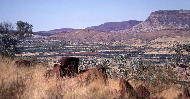 Tom Price - looking from near the mine towards the town
