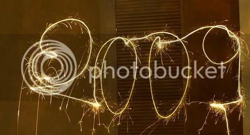 Felicitando el año con bengalas