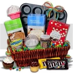 gift baskets photo: cupcakes QY3QL46LTVCL8QET6CWB_L.jpg