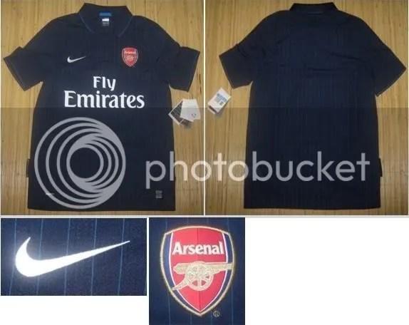 Arsenal 2009/10 Nike Away Kit Leak Picture Set 1