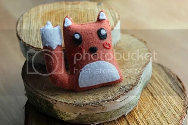 Fox Brooch - Finished & craft booth testing
