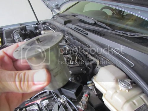 small resolution of the yellow arrow shows the egr valve unfortunately the valve cannot be removed without removing the starter motor so you cannot check if the valve is