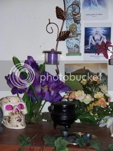 Shrine_ancestors2.jpg picture by dreigiau3
