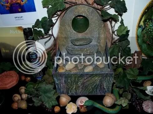 shrine_the_well.jpg Well_Closeup picture by dreigiau3