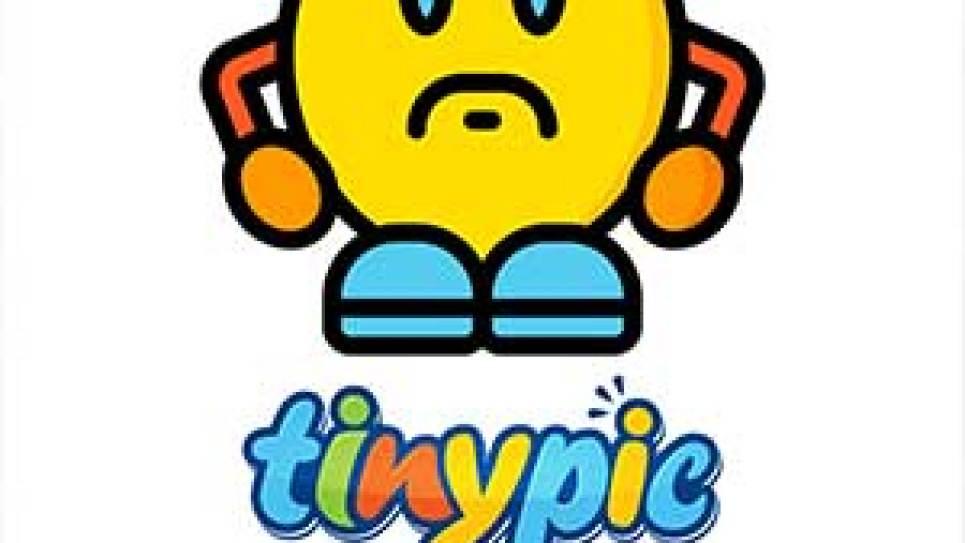 en la imagen vemos un Perkz feliz se dipone a quitarse los cascos. En contrapartida a la decepción de Caps.