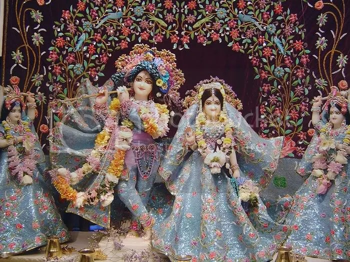 most beautiful radha krishna pictures13