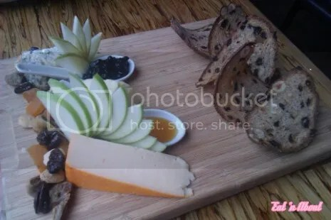Chambar: Plateau de Trois Fromages - Trio cheese platter with fruit compote, sultana & nut bread