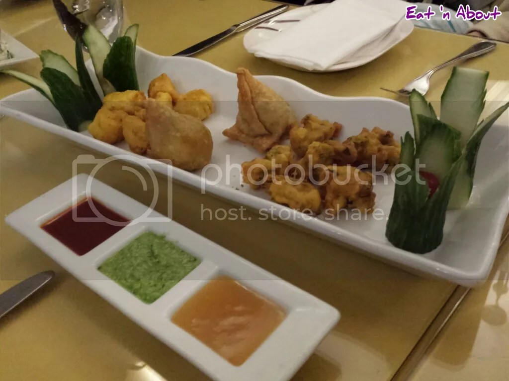 Lazymeal Mashup at Handi Cuisine of India Burnaby: Mixed Platter and Chutney Trio