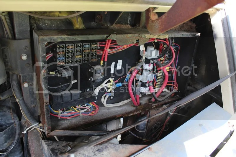 Battery Wiring Diagram Moreover Winnebago Motorhome Wiring Diagram