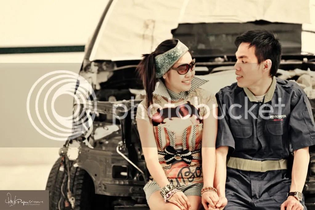 jeffroger kho,gilbert chua,rock paper scissors,photography,engagement,prenup,pre wedding,quirky,perya,toyota,beach,vintage