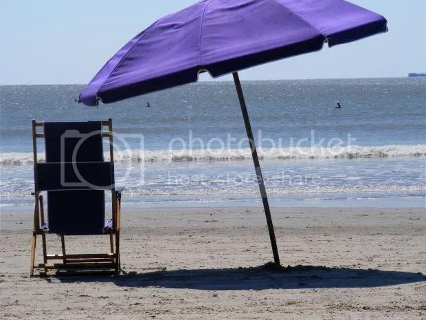 Timeshare Relief beach chair and umbrella