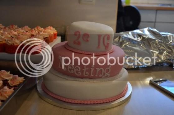 mooie taart gemaakt door lieve helma (mama van gon)