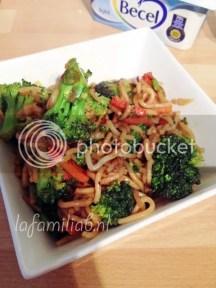 groenten uit de wok met noodles