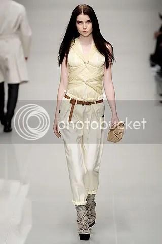 des,Designer Clothes,burberry