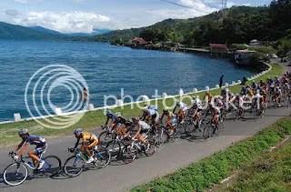 Danau Singkarak Sumber Foto : www.google.com