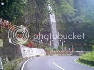 Air Terjun Lembah Anai Sumber Foto : www.google.com