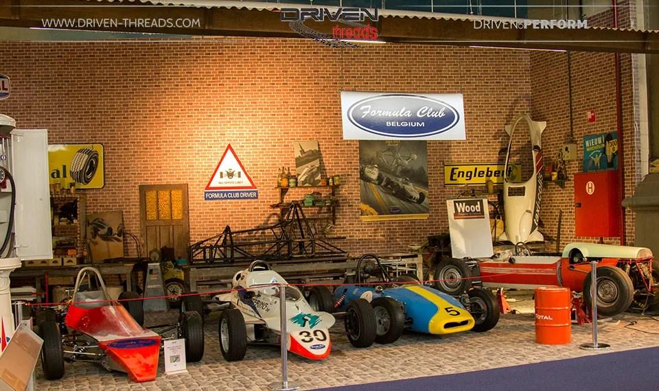 photo RacingGarage_zpsad4c29fc.jpg