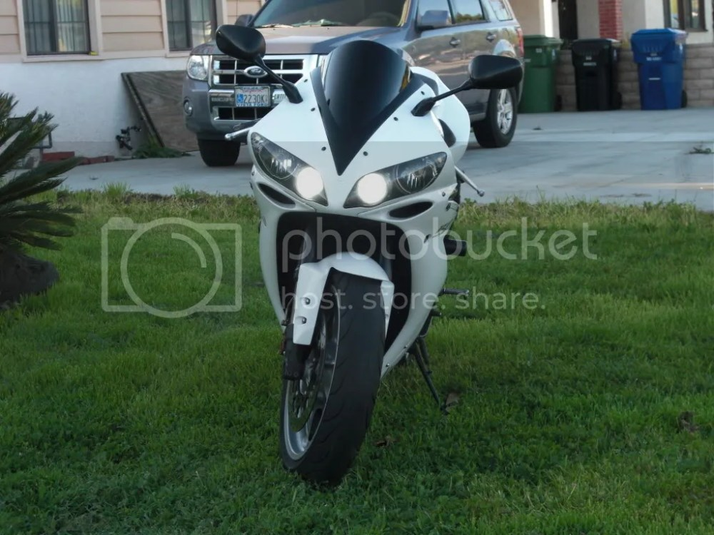 medium resolution of  thumbsup located in san fernando valley ca ca 2004 yamaha r1