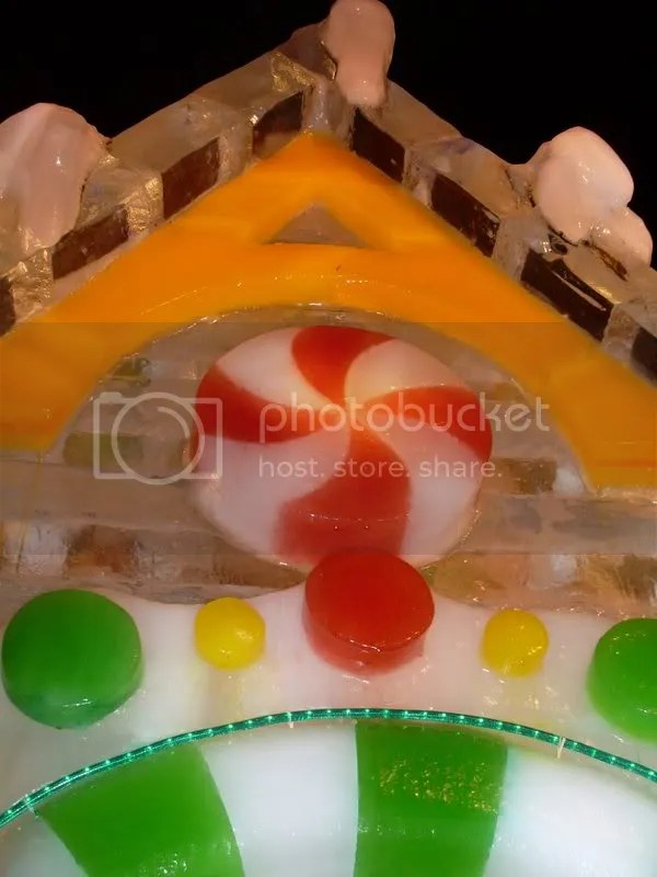 Details on the GingerICE house