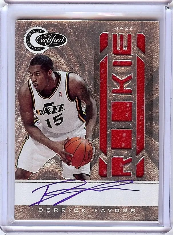 2010-11 Panini Totally Certified Derrick Favors Autograph RC Card