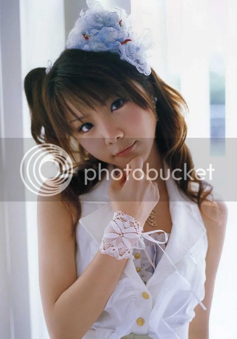 https://i0.wp.com/i67.photobucket.com/albums/h292/twohd/10-2007/Tanaka%20Reina%20-%20GIRL/TanakaReina-GIRL_26.jpg