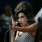 Amy Winehouse - mic