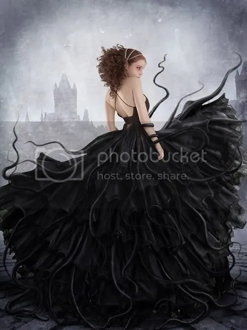 darkdress.jpg picture by middleblood