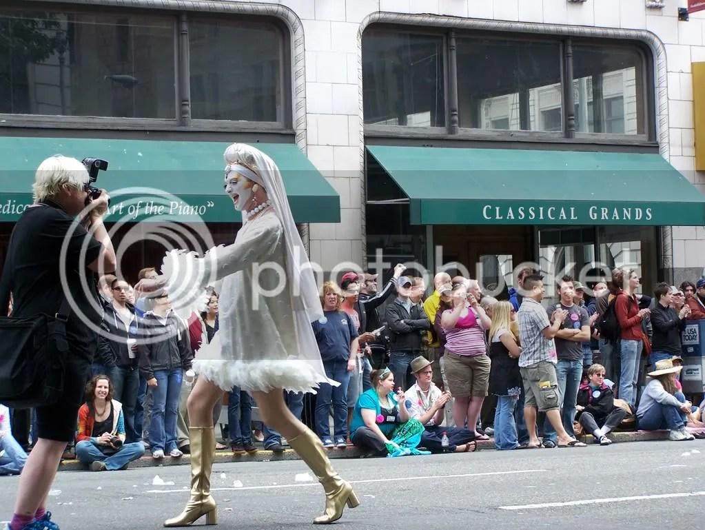 GayPrideSeattle2007224.jpg
