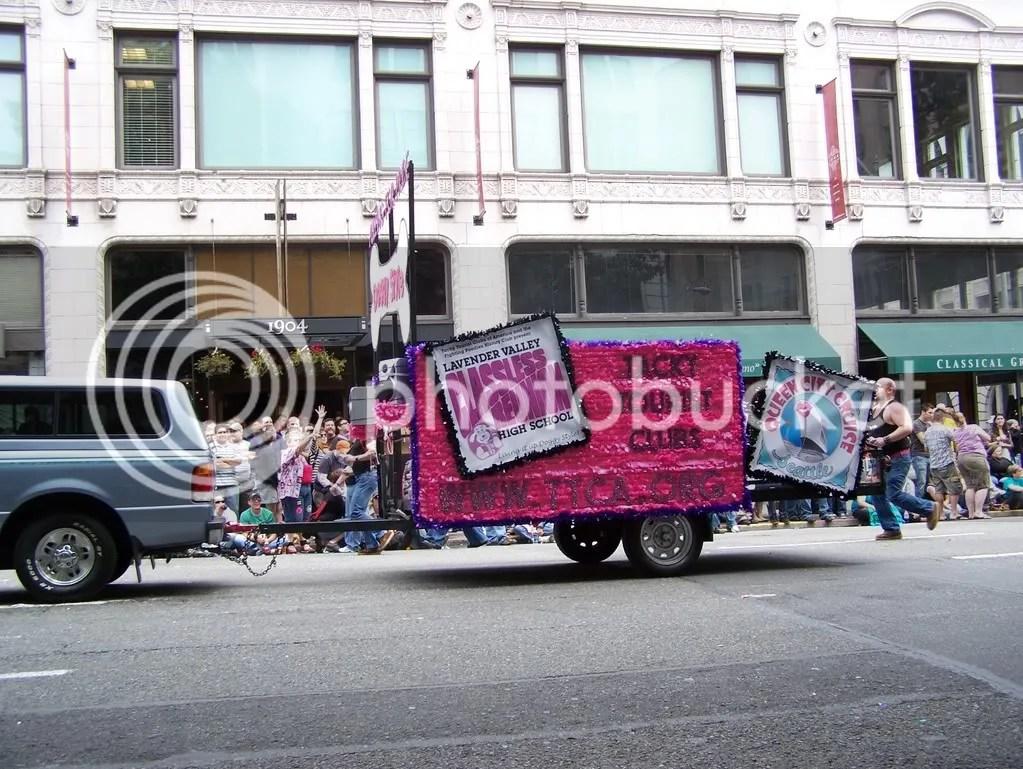 GayPrideSeattle2007244.jpg