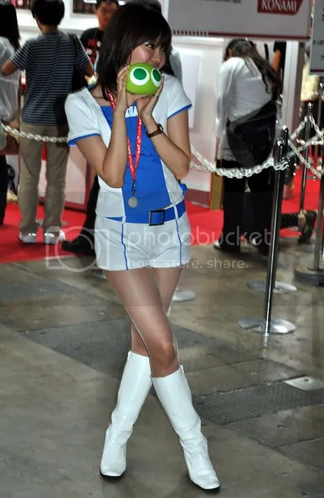 Swag girl Cosplay Kawaii!