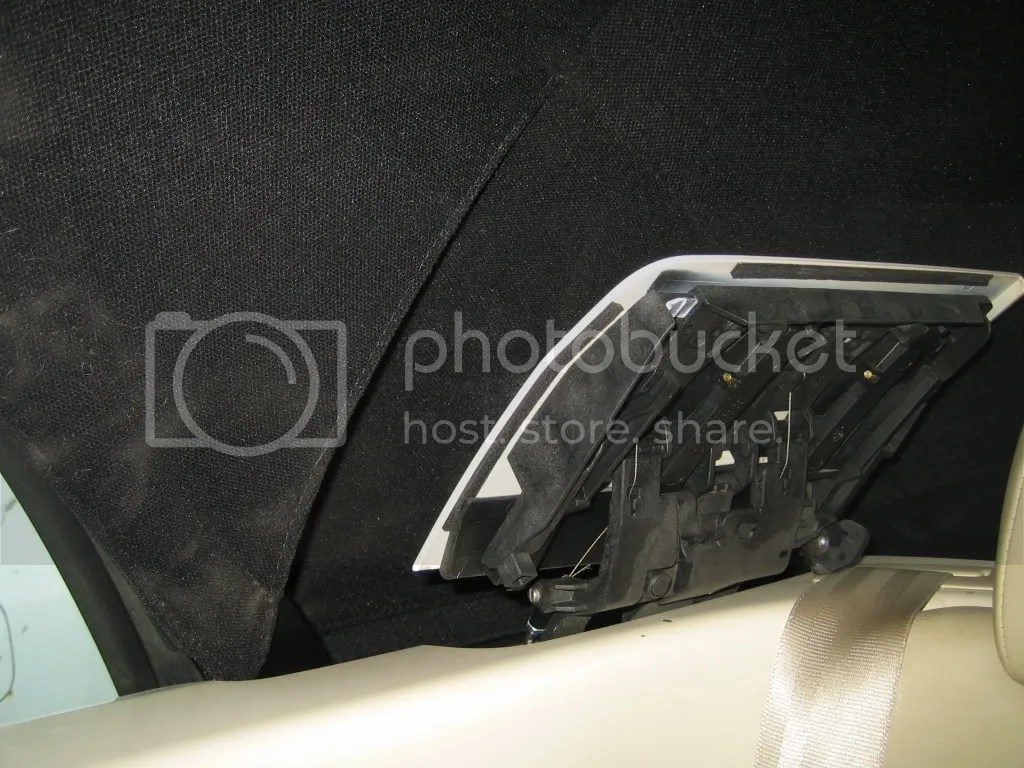hight resolution of when roof is up and latch open just before you lower the roof f202 controls the vwvortex com 2004 beetle convertible