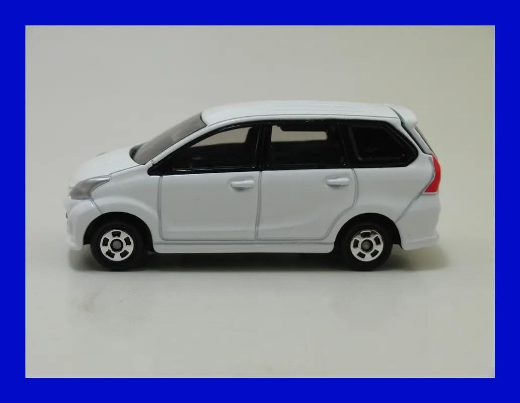 diecast grand new avanza perbedaan all kijang innova g v q tomica tomy vehicles toyota veloz as01