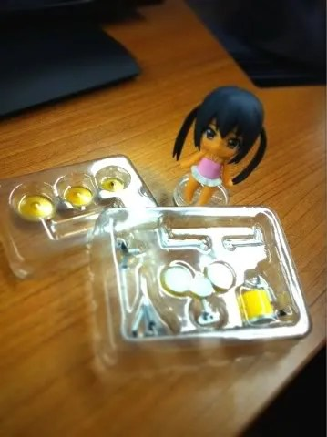 Petit Azunyan and ... container for Ritsu's drumset?