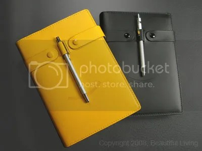 Fiorentinas Smile Journal shown in Black and Yellow