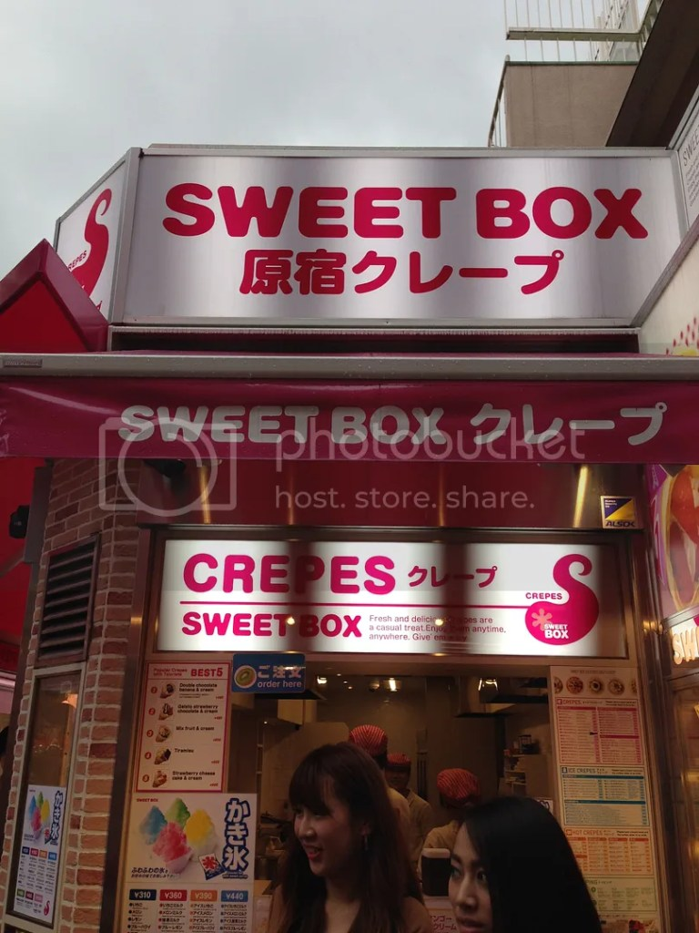 This street is never without its sweets XD