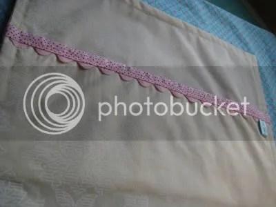 squirrel pillow binding