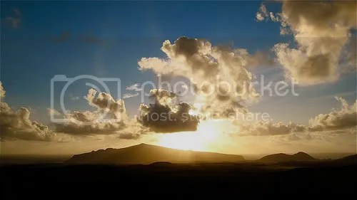 Isla de Pascua in the morning (copyright Steffen Dubouis, Creative Commons licensed)
