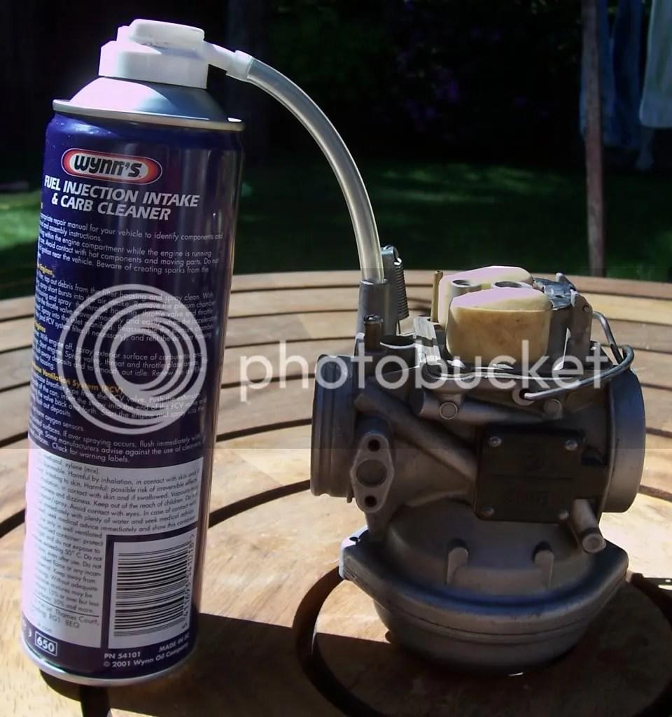 Carb Cleaner (gambar diambil dari ukgser.com)